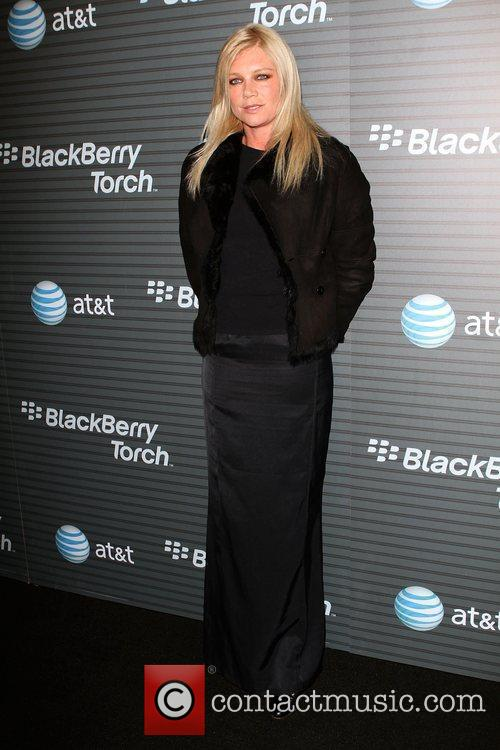 Peta Wilson Blackberry Torch From AT&T U.S. Launch...