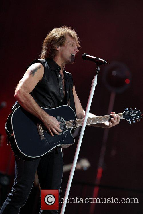 Jon Bon Jovi and Bon Jovi 7