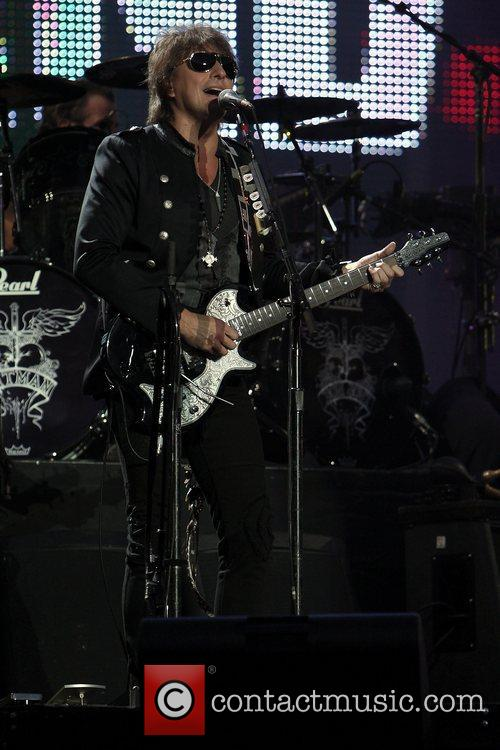 Richie Sambora and Bon Jovi 10