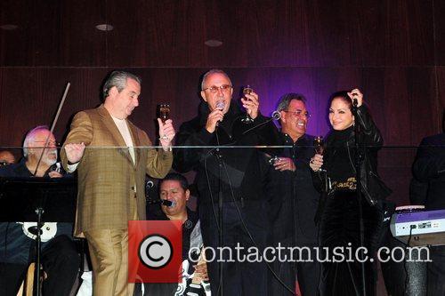 Gloria Estefan and Emilio Estefan 9