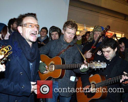 Bono and Glen Hansard 8