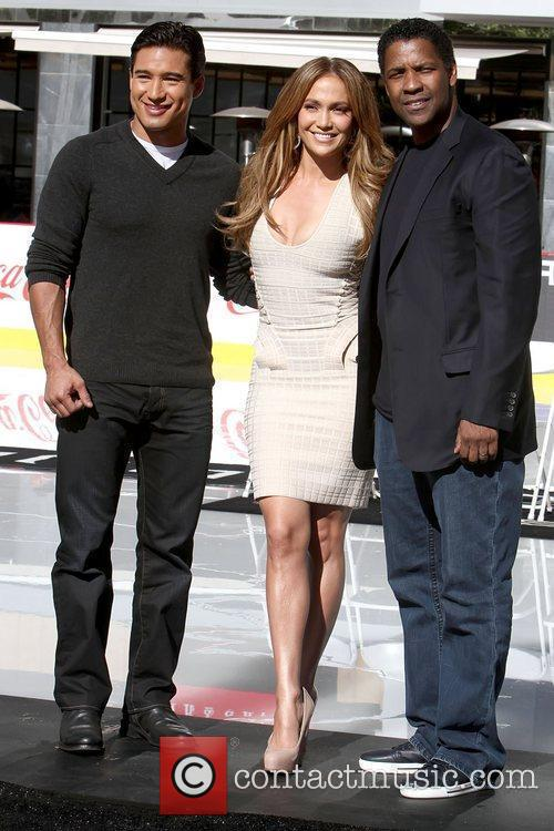 Mario Lopez, Denzel Washington and Jennifer Lopez 4