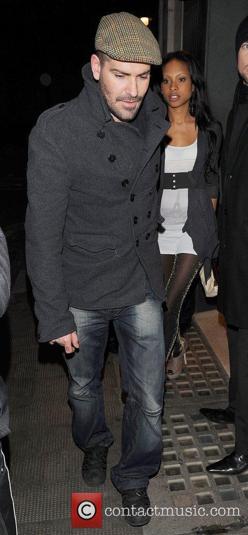 Shane Lynch of 'Boyzone' leaves the Ivy restaurant...