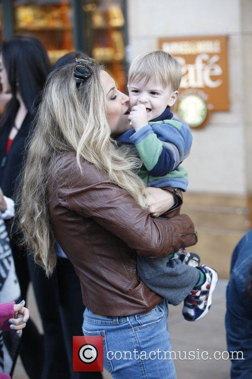 Brooke Mueller with her son on a family...