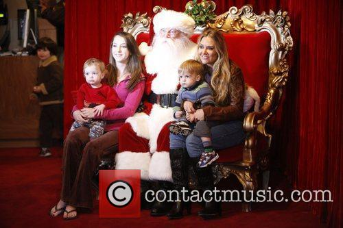 Brooke Mueller and her twins Bob and Max...