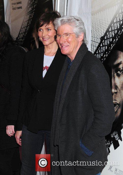 Carey Lowell and Richard Gere 2
