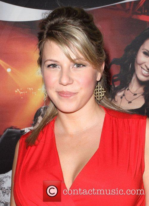 Jodie Sweetin 4