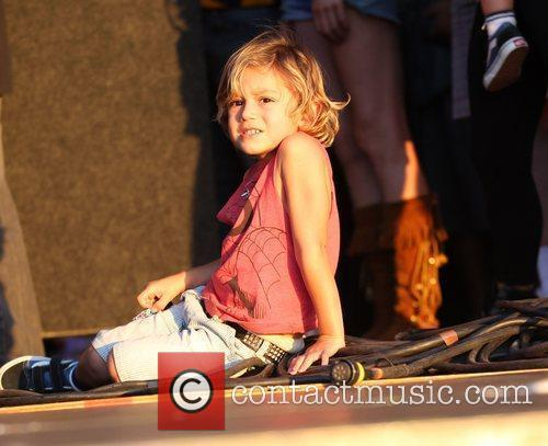 Kingston Rossdale watches his father's band 'Bush' from...