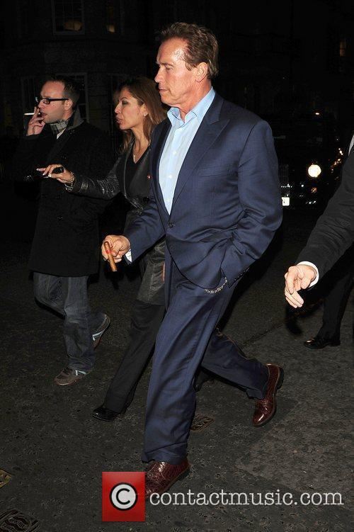 Arnold Schwarzenegger leaves C London restaurant