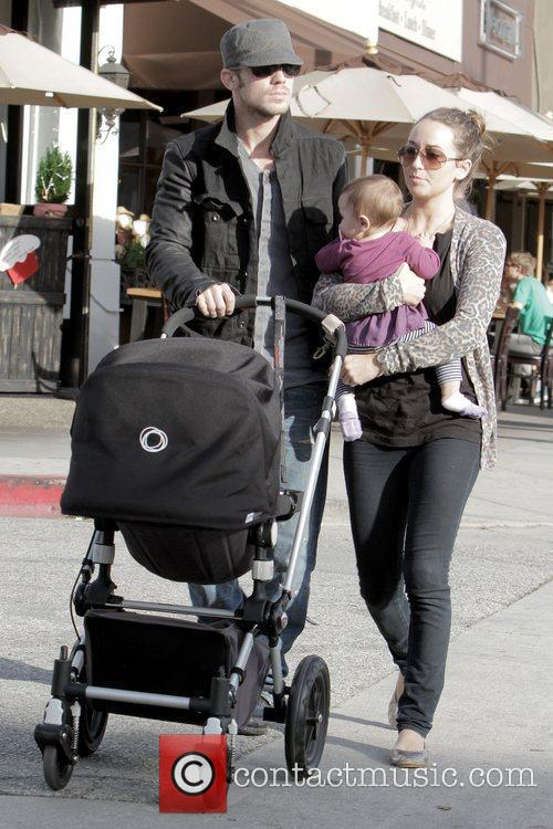 Cam Gigandet, Dominique Geisendorff and Everleigh Rae Gigandet 1