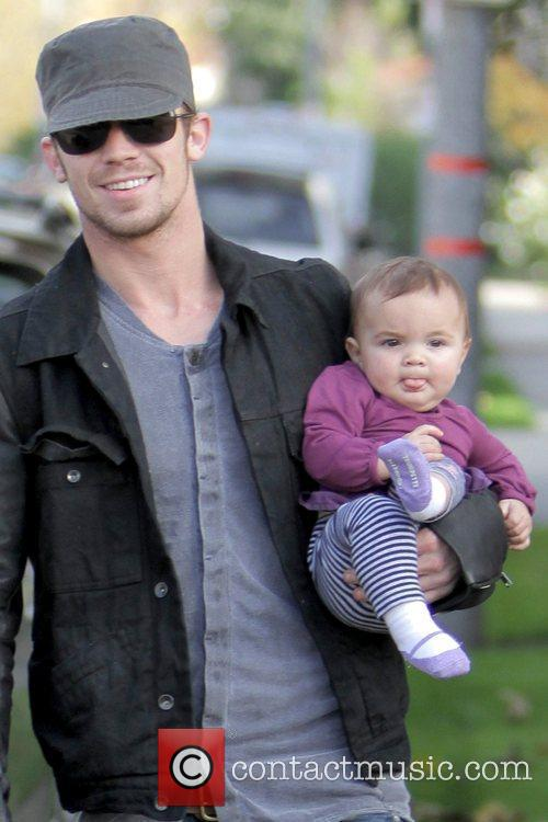 Cam Gigandet and Everleigh Rae Gigandet 5