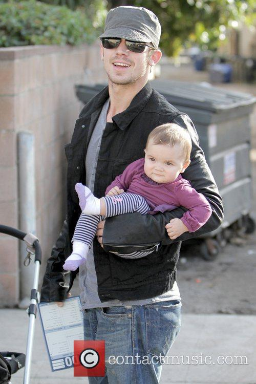 Cam Gigandet and Everleigh Rae Gigandet 3