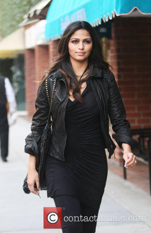 Camila Alves spotted going to the doctors office...