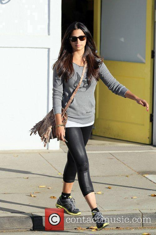 Camilla Alves seen leaving Byron and Tracey Salon...