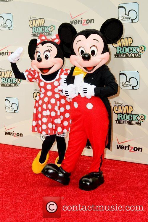 Minnie Mouse and Mickey Mouse 5