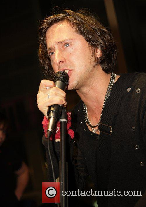 Carl Barat and The Libertines 3