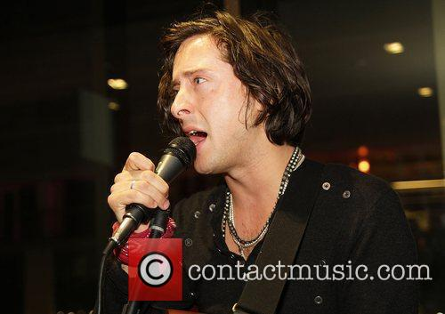 Carl Barat and The Libertines 9