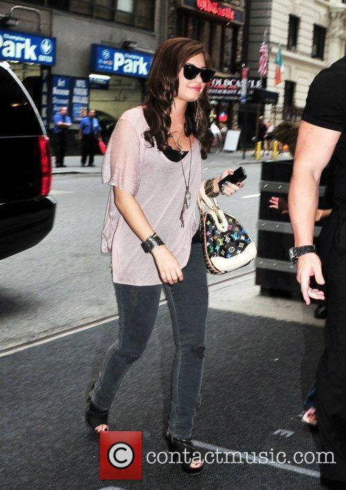 Arrives at her Midtown Manhattan hotel