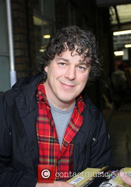 Alan Davies 3