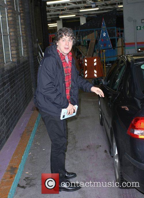 Alan Davies 4