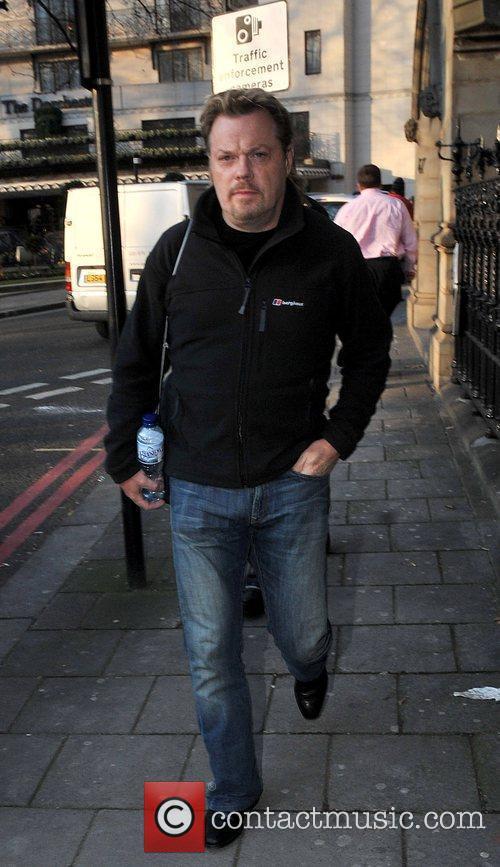 Eddie Izzard Celebrities outside the Dorchester Hotel London,...