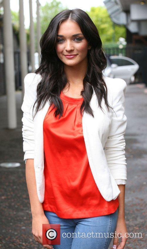 Amy Jackson 4