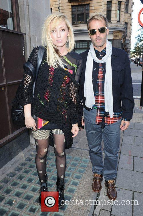 The Ting Tings, Jules De Martino and Katie White 3