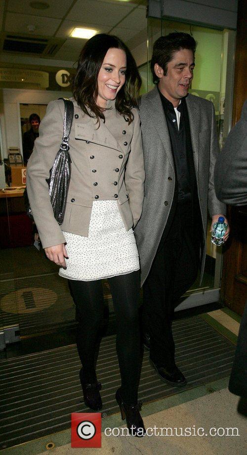Emily Blunt and Benicio Del Toro 4