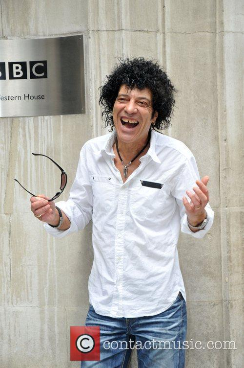 Mungo Jerry Celebrities outside the Radio 2 studios...