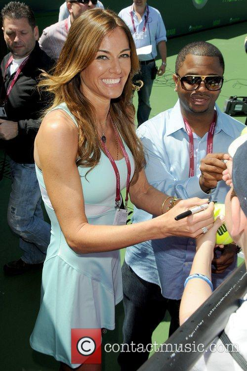 Kelly Bensimon 4