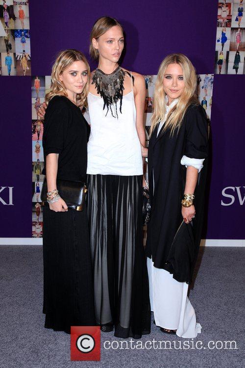 Ashley Olsen, Sasha Pivovarova and Mary-Kate Olsen...
