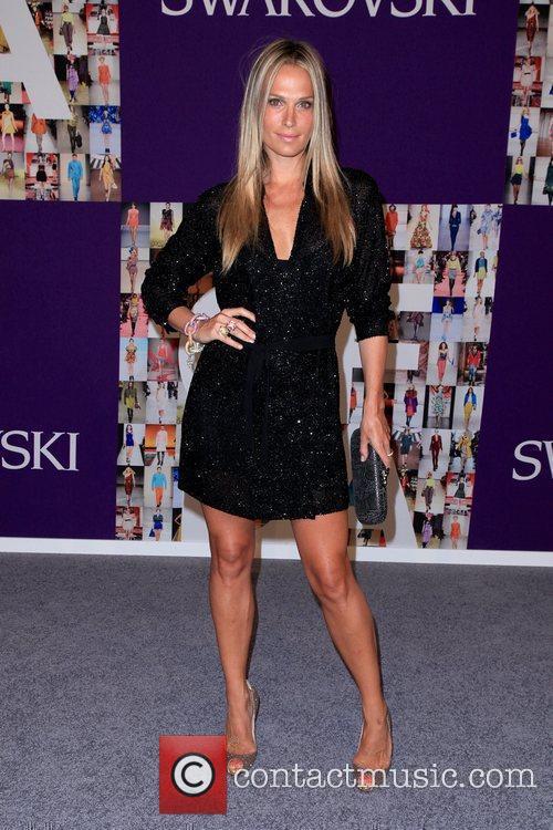 Molly Sims 2010 CFDA Fashion Awards at Alice...