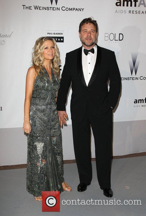 Danielle Spencer and Russell Crowe 2010 Cannes International...