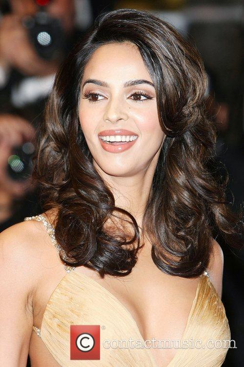 Mallika Sherawat 5