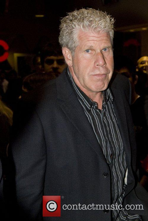Ron Perlman and Chicago 5