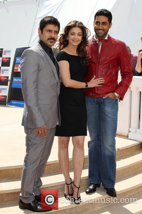 'Chiyaan' Vikram, Aishwarya Rai Bachchan, Abhishek Bachchan...