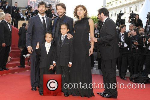 Jose Maria Yazpik and Diego Luna 4
