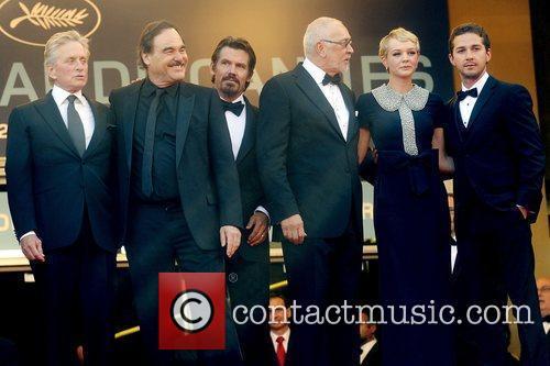 Oliver Stone, Carey Mulligan, Josh Brolin and Michael Douglas 1