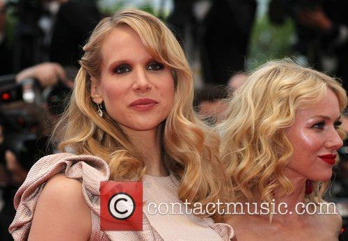 Lucy Punch 6