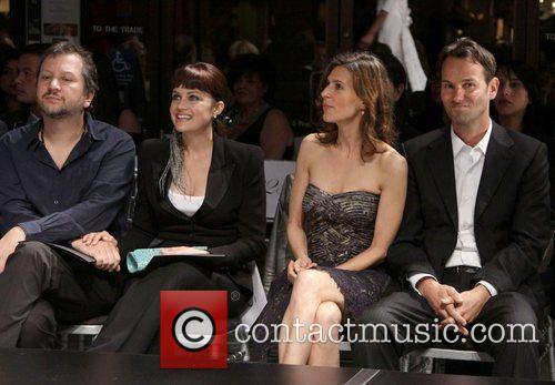 Guest, Carla Gugino, Perrey Reeves and guest Fashion...