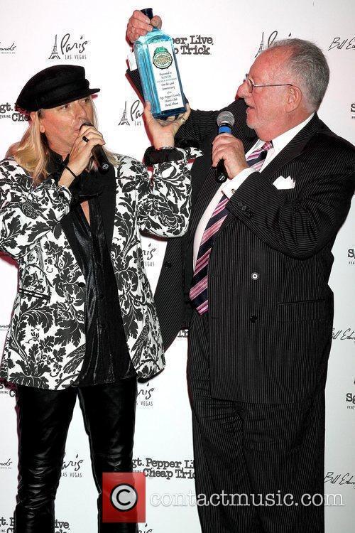 Robin Zander and Mayor of Las Vegas Oscar...