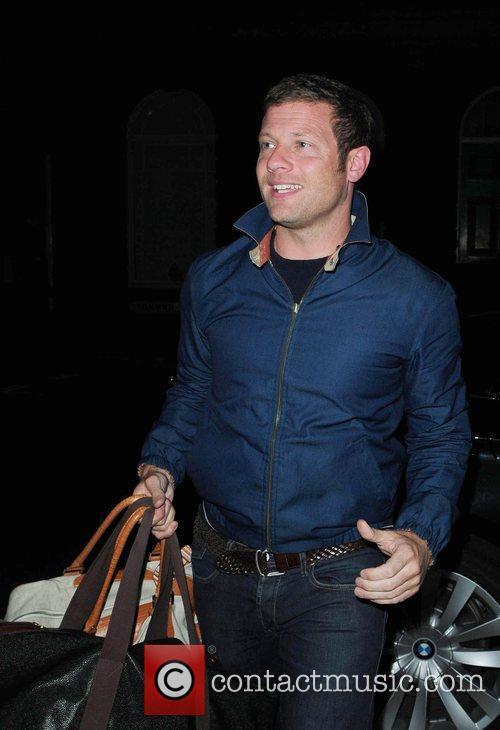 Dermot O'Leary arrives back at Birmingham hotel after...