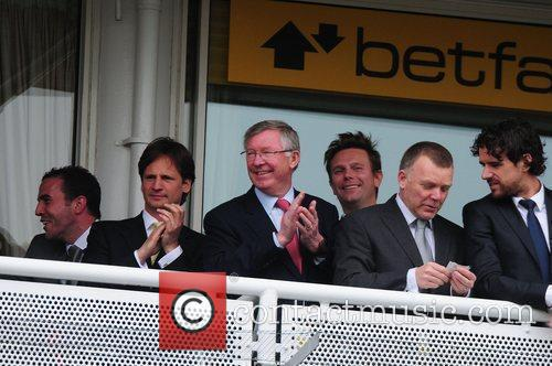 Sir Alex Ferguson and Owen Hargreaves 9