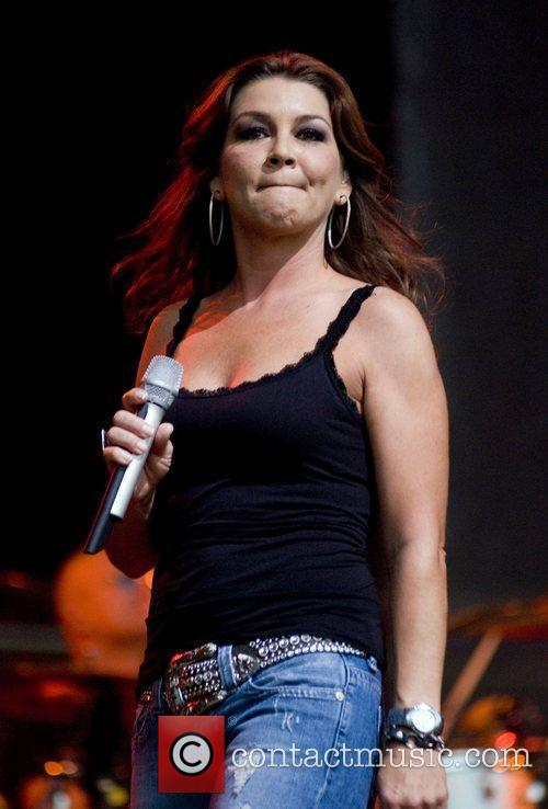 Gretchen Wilson and Chicago 8