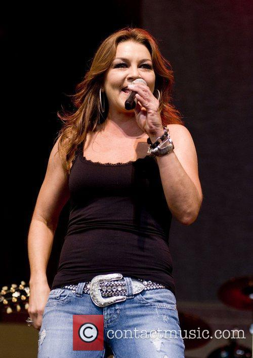 Gretchen Wilson and Chicago 4