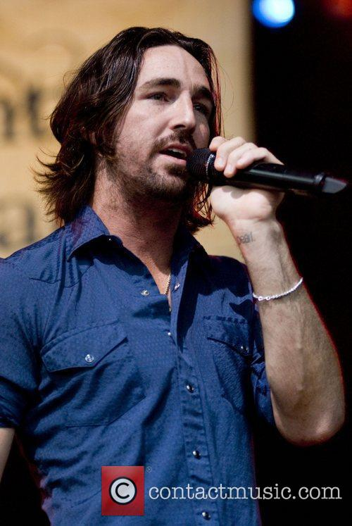 Jake Owen, Chicago