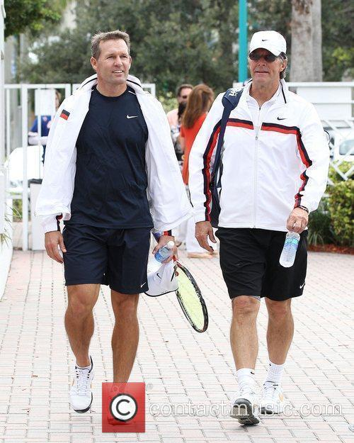 Dan Jansen and Stone Phillips 2010 Chris Evert...