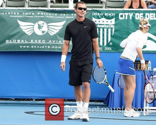 Gavin Rossdale and Chris Evert 12