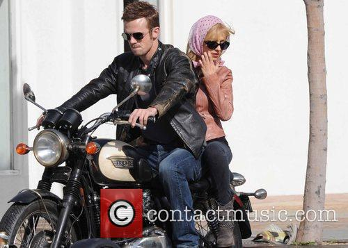 Christina Aguilera and Cam Gigandet 11