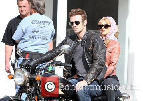 Christina Aguilera and Cam Gigandet 22